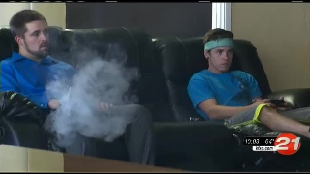 Vape lounge video games